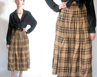 Beige and black plaid midi skirt with yoke and gold buttons 1990s 90s VINTAGE