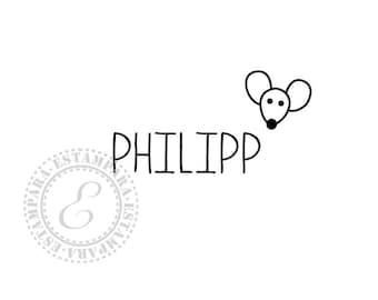 Customizable name stamp. Personalisierbarer Namenstempel. Sello con nombre personalizable.