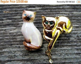 15 % off Two Cool Cats Sitting on a Fence Two Cat Brooches  One Avon Signed One Unsigned In Mint Condition