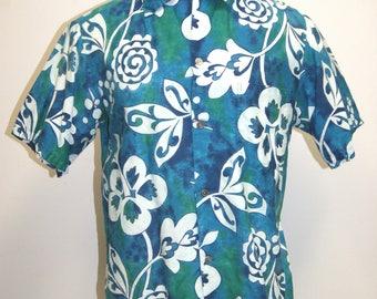 Vintage MOMI Men's Blue Green White Hawaiian Shirt - Size Medium
