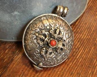 Asian inspired locket