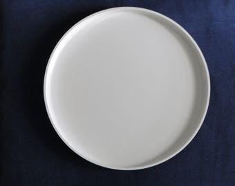 Heller Dinner Plate White Stacking Melmac Melamine Massimo Vignelli 1970's