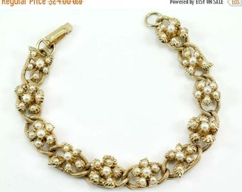 20% OFF SALE - Signed FLORENZA Faux Pearl Chain Link Bracelet