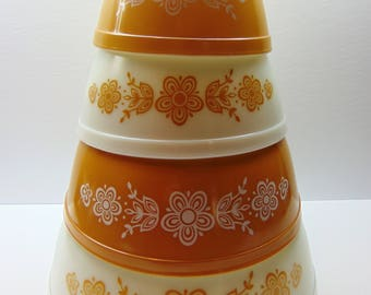 Vintage Pyrex Nesting Bowls, Gold Butterfly Mixing Bowl Set