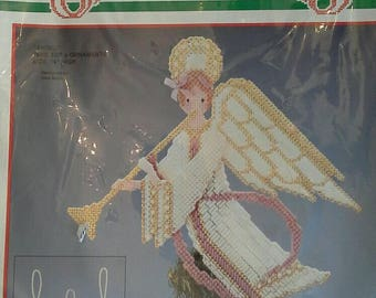Christmas Tree Topper Angel with Ornaments Bucilla Plastic Canvas Kit