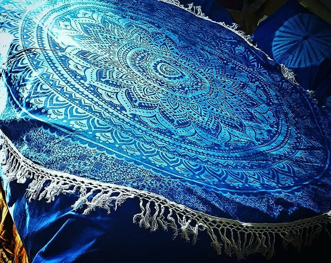 Shades of Blue Mandala Roundie with White Fringe Mandala Tapestry Beach Blanket Yoga Mat Meditation Mat Dorm Decor Hippie Tapestry
