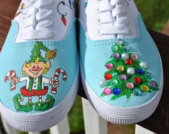 FOR SALE Christmas Shoes Santa's Elf Shoes size 9.5 for sale true to size