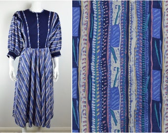 80s COTTON PEASANT DRESS ethnic print Size S xs by Origin button front vintage blue boho hippy festival full skirt pockets African hippy