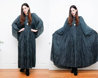 Vintage Indian Silk Pleated Dress Boho Dress Hippie Dress Kaftan Kimono Dress 70's RARE