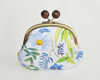 """Liberty """"Chartwell"""" floral Candy coin purse - blue - Frame purse. Clasp purse."""
