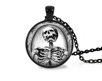 "25mm Antique Close Up Skeleton Cabochon Black 18"" Necklace"