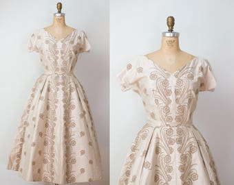1950s Anne Fogarty Dress / 50s Beige Embroidered Dress