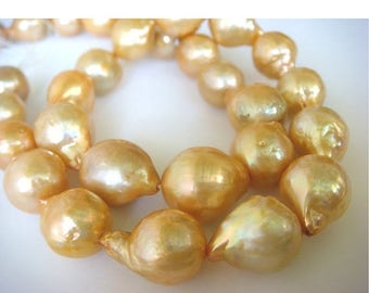 ON SALE 55% Natural Baroque Pearls - Natural Baroque Salt Water Pearls - Natural Golden Color - 10 Pieces - Approx 10mm Each