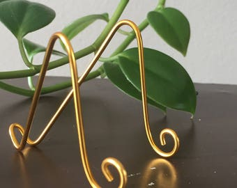 """5 pk Medium GOLD MINI Easel Holder for 6"""" x 4"""" Table Number Holders Card Art Holder Place Card Business Card Promotion Display"""