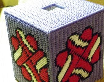 Plastic Canvas Four Hearts Tissue Box Cover/Topper   #1058