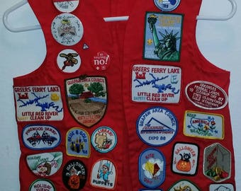 Vintage Boy Scouts of America Red Vest with Patches/Pins 80s Arkansas Pinewood Derby 1986 Statue of Liberty Cake Bake Blue & Gold Skill Show