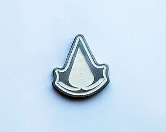 Hand Cast Assassin's Creed 1.1 in. Lapel Pin