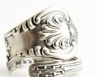 Small Victorian Ring, Sterling Silver Spoon Ring, Antique Spoon Ring, 1885 Vintage British Shell Ring, Adjustable Ring Size 2, 3 - 10 (6656)