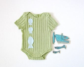 ON SALE Knitted ribbed onesie in ocean green with fishes. 100% cotton. READY To Ship size newborn.