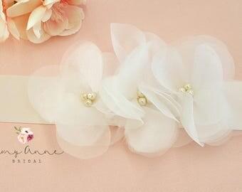 Soft White Organza Flower Bridal Sash, Ivory Bridal Belt, Ivory Wedding Belt