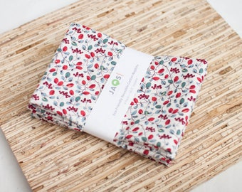 Large Cloth Napkins - Set of 4 - (N4485) - Mini Vine Berries Modern Reusable Fabric Napkins