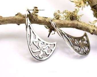 Silver long post earrings cutout floral post stud earring Filigree  in sterling silver, handmade gift for her