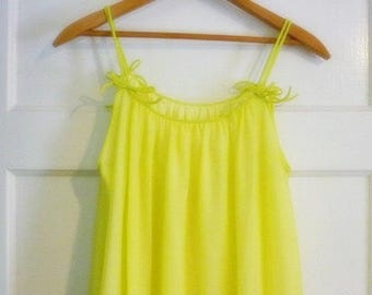 Vassarette Lime Chiffon Nylon long Gown sz Sm- 2 layer Spaghetti strap vintage Night Gown