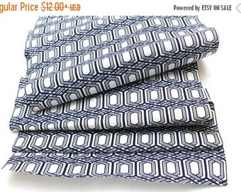 SALE Japanese Vintage Yukata Cotton Fabric. Blue and White Geometric Design (Ref: 1336)