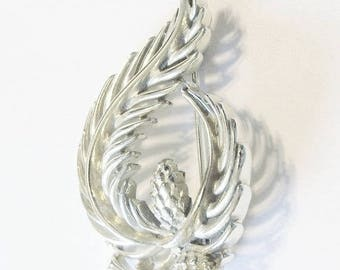 Vintage Brooch Lisner Silver Tone Holiday Special Occasion Gift Idea Last Minute Shopping