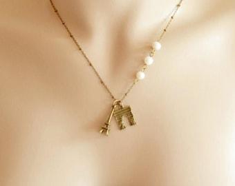 Paris Charm Necklace,Eiffel Tower Necklace,Arc de Triomphe Pendant,Paris Necklace,Romantic Gift,Paris Jewelry,French Lover,Travel Paris Tow