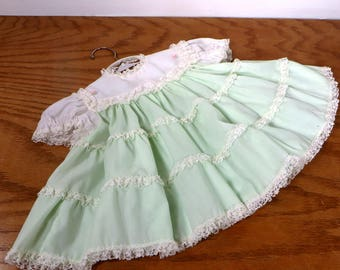 Vintage Toddler Girls 1960's Dress With Lace Accents White and Light Green Baby Girls Dress