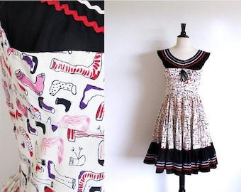 1/2 Off SALE Vintage 50s Full Skirt Dress, Tiered Skirt Rockabilly Dance Cotton Print Rick Rack Frock