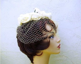 1/2 Off SALE Vintage 50s Flower Hat, Yellow Rose Union Made in the USA, Vintage Bride Hat