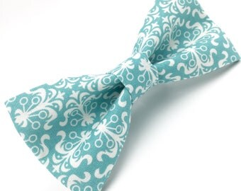 Mens Bowtie in Turquoise Damask, Teal Bow Tie, Groomsmen Bow Tie, Wedding Bow Tie