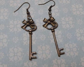 earrings key alice in wonderland