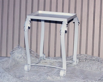 """Sturdy White Plant Stand Decorative   Small Metal Plant Stand with Curving Legs 12-13""""T   Centerpiece Display Stand"""