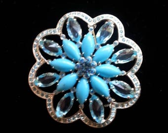 On Sale Vintage Blue Rhinestone Brooch, Retro Collectible Pin, Mid  Century Vintage Jewelry
