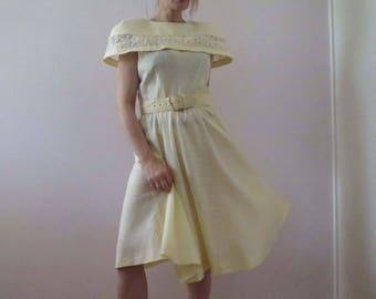 80s Pale Lemon Yellow Caplet Dress Leslie Faye Small