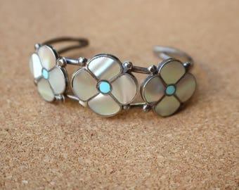 Desert Rose BRACELET / Vintage Zuni Cuff / Sterling Silver Mother of Pearl Southwest Jewelry / Dogwood Flower