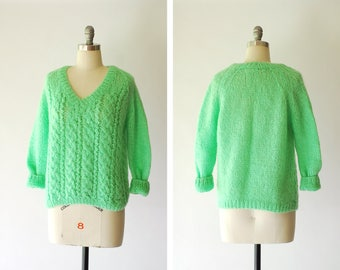 vintage 1960s Italian mint green mohair and wool sweater / size medium large