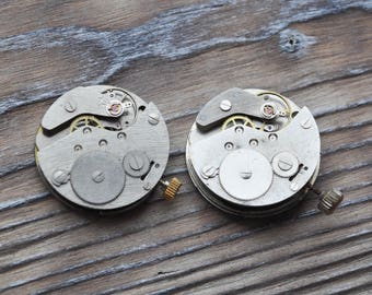 Vintage wrist watch movements. Set of 2.