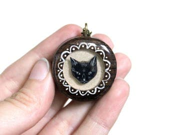 Small Black Cat Necklace- Wooden
