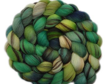 Handpainted roving - 21.5μ Merino wool spinning fiber - 4.0 ounces - For Love of the Hills 1