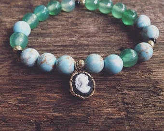 Elastic beaded bracelet Baby blue and green beads gold accents cameo charm elastic bracelet Estu Jewelry accessories armcandy jewelry summer
