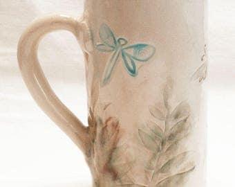 ceramic dragonfly coffee mug 20oz  stoneware 20D049