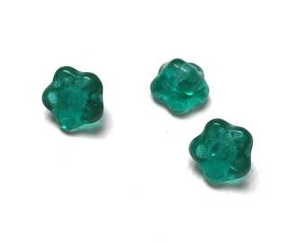 Czech Glass Flower Button Beads. Emerald Green. Flower Drops. Cool. St. Patricks Day. Victorian. 7mm. Twenty-Five (25).