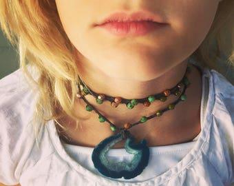 Hole thru the Earth: Versatile crocheted necklace / bracelet / belt / headband