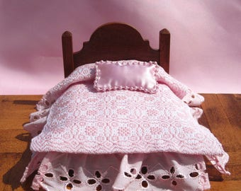 Dollhouse Coverlet 12th Scale Blanket Handwoven Coverlet Pink Whig Rose Coverlet 12th Scale Dollhouse Bedding Small Doll Pink Bedding