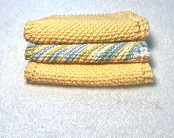 Free shippining Multicolor blues and yellows cotton hand  knit cloths hot pads