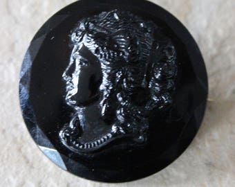 Czechslovakia Black Glass Cameo Mourning Brooch Pin